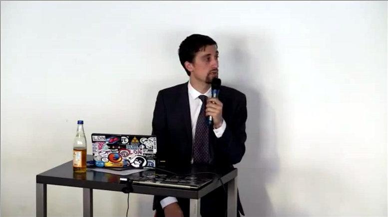 Conférence : 70 ans d'informatique et de surveillance, Passage en Seine 2015