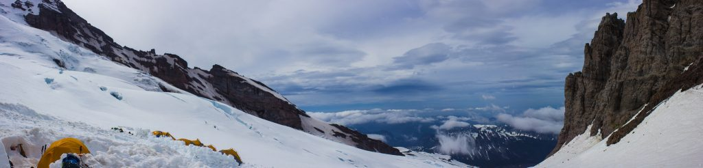 Russell Toris - CC/by - Rainier Expedition Day 6 -- Climb to High Camp